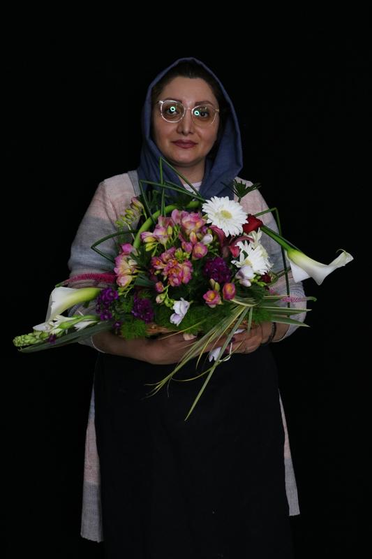 دوره گل فروشی اسفند 99 آموزشگاه بوی گل