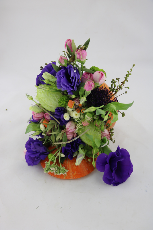 دوره گل فروشی مهر 99 آموزشگاه گل آرایی بوی گل